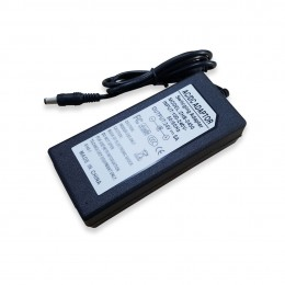 Блок питания 24V 060W 5.0A ноутбучного типа штеккер 5.5*2.1